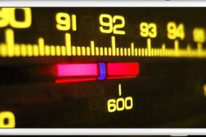 VOCÊ SABIA: Existe no IPHONE um receptor escondido de rádio FM