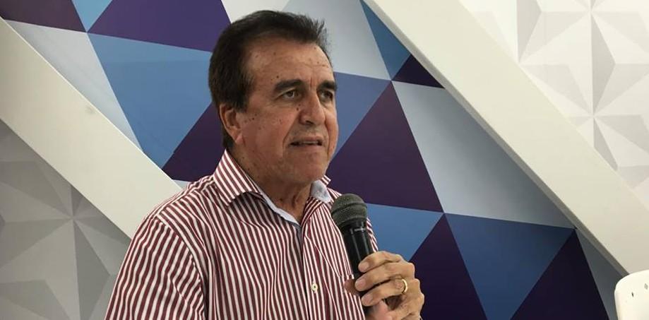 'Apesar do discurso o Governo Federal ainda não fez nada de efetivo em prol dos municípios brasileiros', afirma Buba Germano em Brasília
