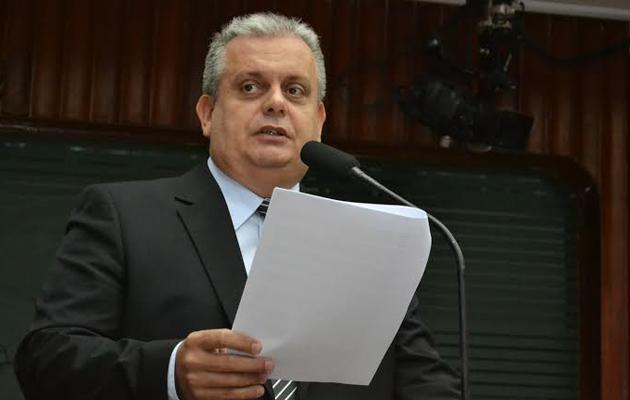 Deputado João Bosco agradece ao governador anuncio da nova adutora para Alagoa Grande