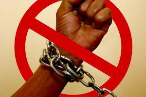 """Justiça determina que governo volte a divulgar """"lista suja"""" da escravidão"""