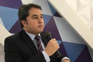 Efraim Filho vai solicitar R$ 50 milhões para Porto
