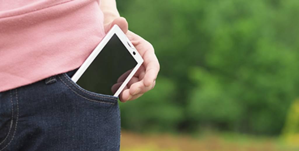 Carregar o celular durante a noite: bom ou ruim?