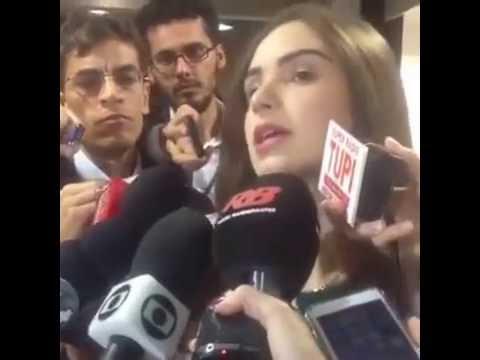 VEJA VÍDEO – Jornalista vai ao senado denunciar Marco Feliciano por abuso sexual
