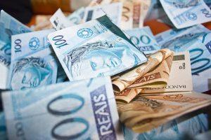 Novo salário mínimo, de R$ 937, vale a partir deste domingo