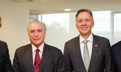 aguinaldo ribeiro e o presidente temer e1486248987798 - Paraibano Aguinaldo Ribeiro ajudou Temer a punir aliados infieis