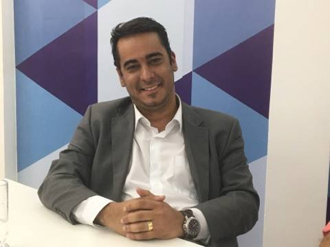 Helton Renê alerta consumidores sobre lei de recolhimento de medicamentos fora do prazo de validade