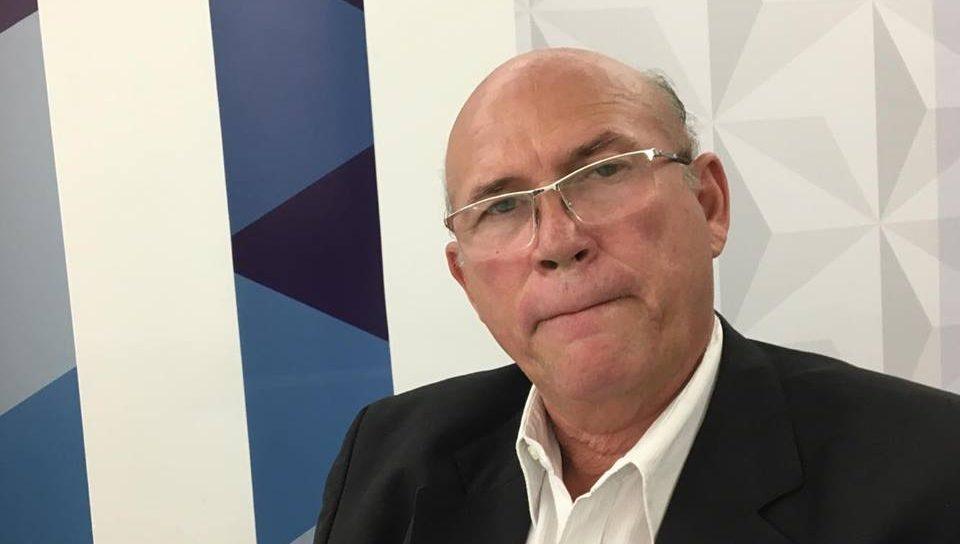 Marcos Vinicius marca encontro com bancada e vereador tucano diz que não foi convidado