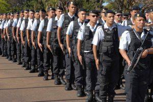 Para 70% dos brasileiros, policiais cometem excessos de violência