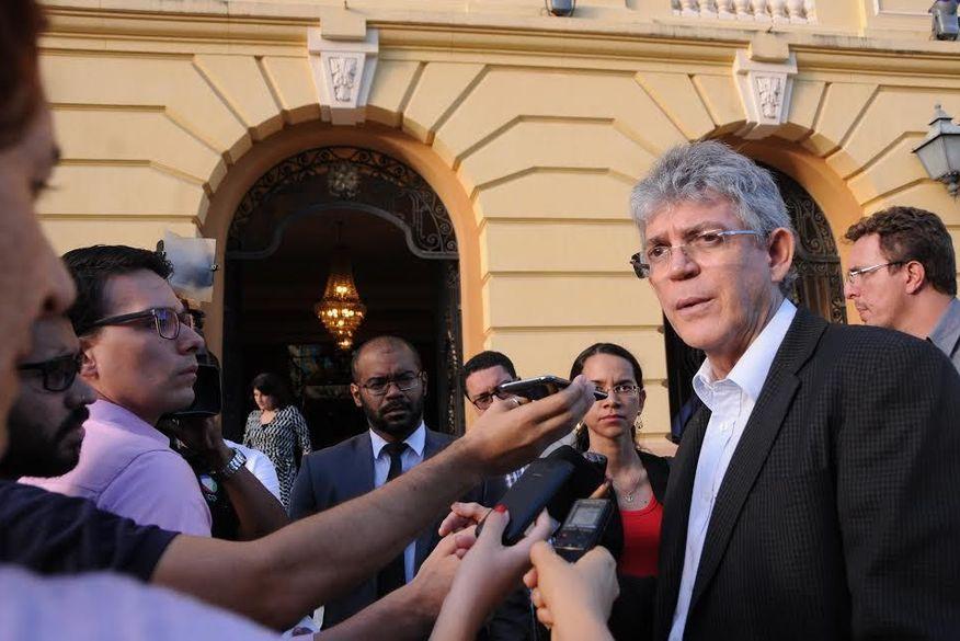 Ricardo discute repatriação de recursos com governadores nordestinos e defende autonomia nos cortes financeiros