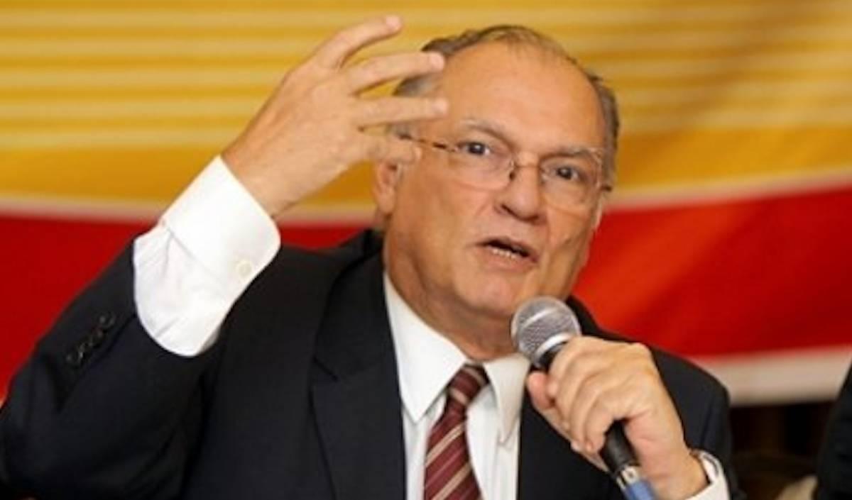 Ministro da Cultura, Roberto Freire, defende a reforma da Lei Rouanet
