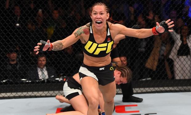 Cyborg diz que já imaginava que campeã do UFC daria desculpas para não enfrentá-la