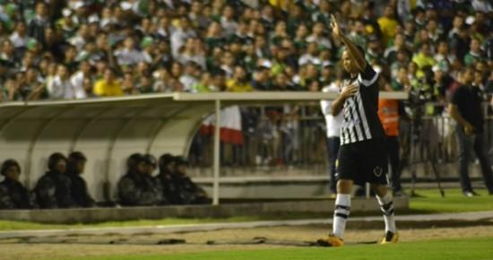 Warley explica motivos para desistir da aposentadoria e se declara ao Botafogo-PB