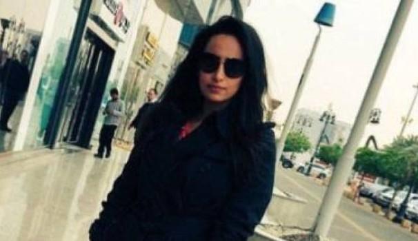 Mulher saudita é detida por publicar foto sem véu no Twitter