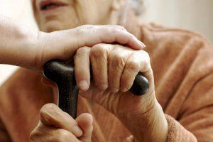 População idosa cresce no Brasil acima da média mundial e impacta Previdência