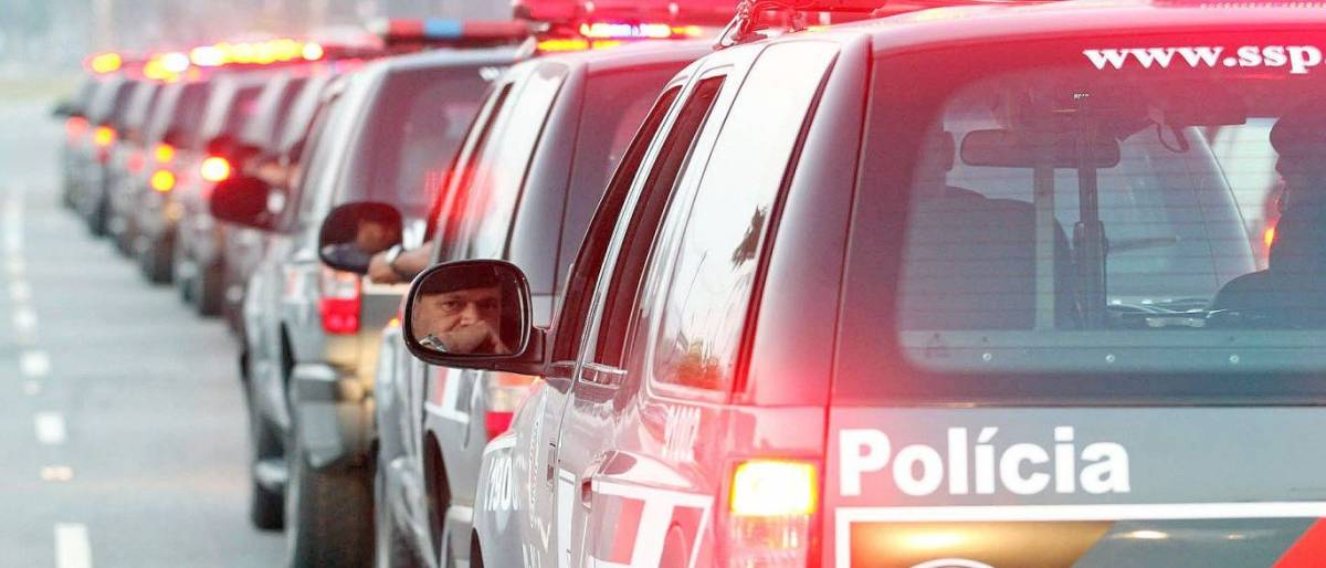 polícia - Jovem é preso ao furtar livraria de shopping center na capital