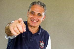 Tite é eleito pela segunda vez o melhor treinador do Brasil