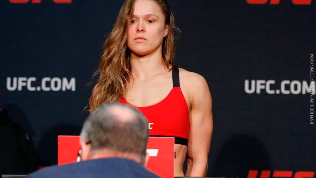 Ronda Rousey pede tempo para pensar após derrota para brasileira