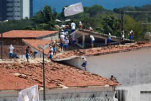GUERRA NOS PRESÍDIOS: Estados transferem 2 mil presos para prevenir novos massacres, Paraíba fecha fronteiras