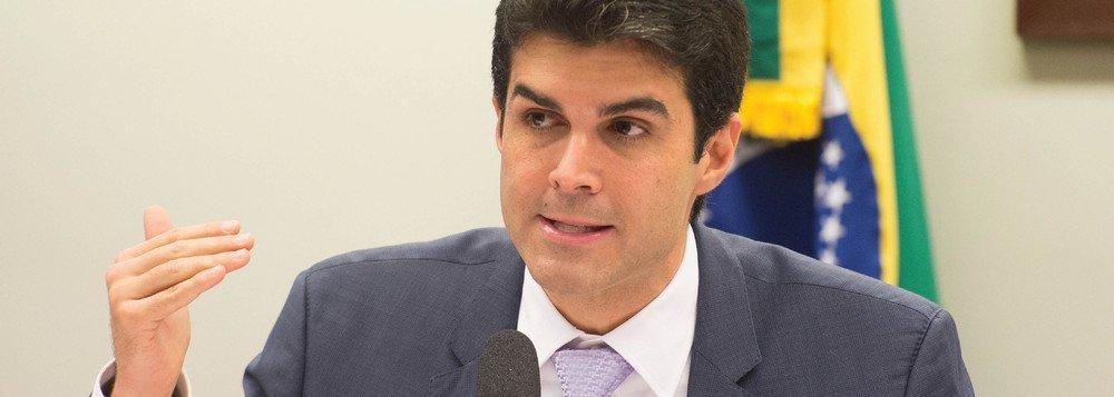 Ministro inspeciona obras da transposição na Paraíba
