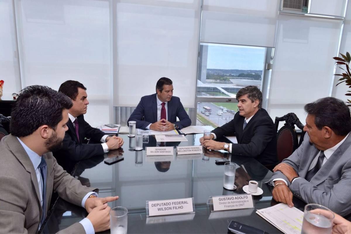 Ministro dos Transportes confirma vinda a João Pessoa para assinar ordem de serviço para terceira via na BR-230
