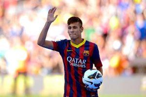 Neymar se diz perplexo e chama empresa acusadora de gananciosa