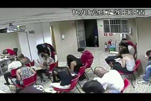 VEJA VÍDEO – Bandidos fazem arrastão em auto escola