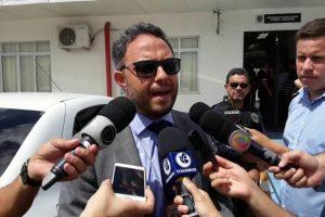 VEJA VÍDEO – Delegado diz que, apesar de habeas corpus, continua tratando o caso como homicídio qualificado