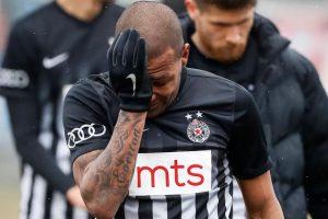 Estádio na Sérvia é fechado após caso de racismo com brasileiro