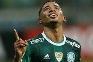 Para Ronaldinho Gaúcho, Gabriel Jesus pode ser tornar o melhor do mundo