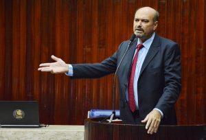 Deputado Jeová Campos criticou PEC 287 e propôs mudanças para a Reforma da Previdência 300x204 - Jeová Campos articula cobrar do Governo Federal a retomada das obras do Eixo Norte