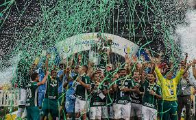 No clássico dos 100 anos, Palmeiras está na frente do Corinthians