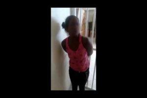 """VEJA VÍDEO: Mulher é torturada por segurança de supermercado como """"punição"""" por furto de comida"""