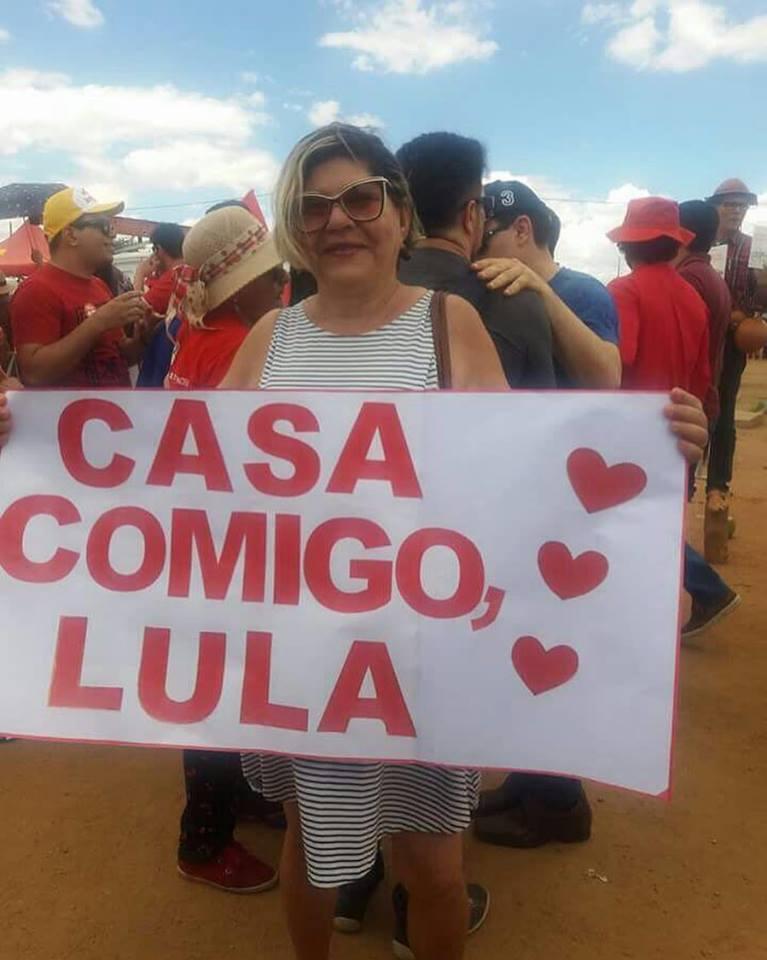 17352570 1376943112361851 3538145742316394718 n - BASTIDORES DA VISITA: Barrados, celular de político roubado, confusão nos fundos do palco e Lula pedido em casamento