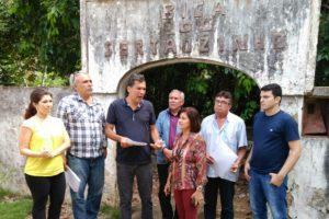 Prefeita Eunice, deputado Ricardo Barbosa, técnicos da SUPLAN e AESA visitam Bica do Sertãozinho em Mamanguape