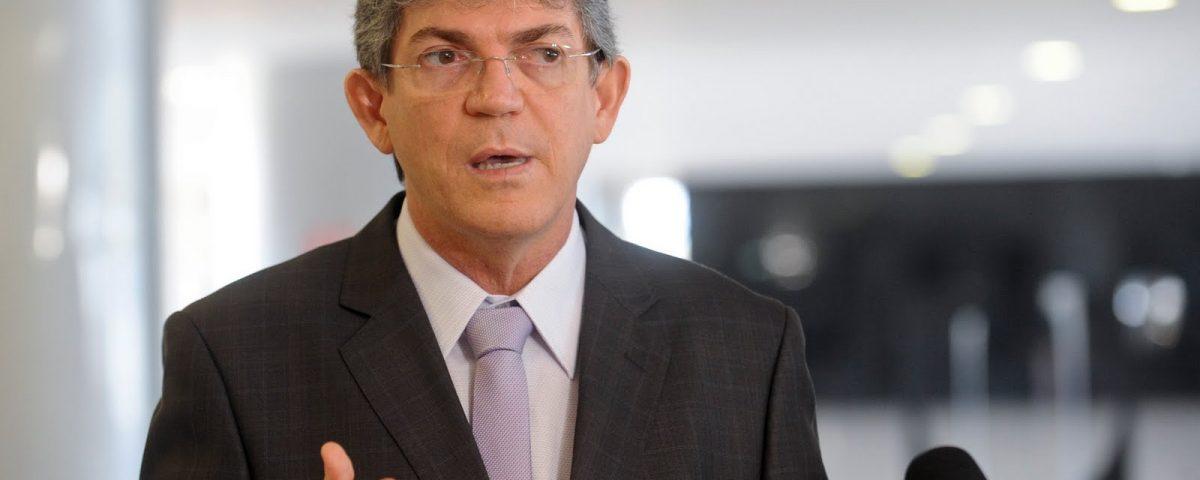 Candidatura de Ricardo à presidência é cogitada por cúpula nacional do PSB
