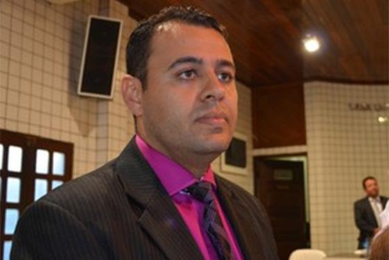 ESTELIONATO:  Câmara aprova CPI contra ex-presidente por um festival de escândalos e rombo de mais de 1 R$ milhão