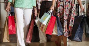 dicas cuidados compras online f 015 300x157 - População de baixa renda tem voltado a consumir mais, aponta estudo