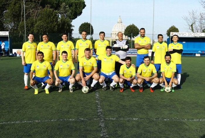 Seleção brasileira estreia com vitória na copa do mundo de padres