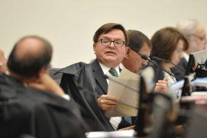 Relator indica argumentos para cassação de Temer, diz jornal