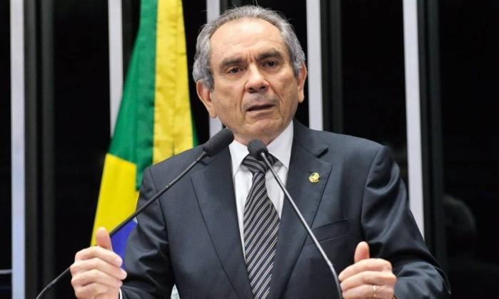 Primeira reunião como líder, Raimundo Lira comanda bancada do PMDB no Senado