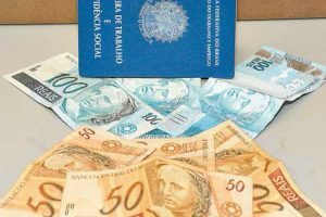 Governo libera empréstimos consignado tendo saldo do FGTS como garantia