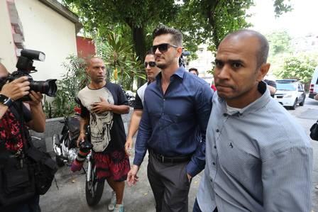 Ex-BBB Marcos depõe sobre acusação de agressão contra Emilly