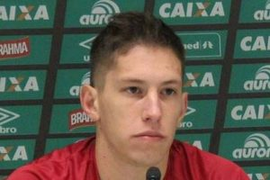 Ex-goleiro da Chape, Follmann estreia como comentarista de TV