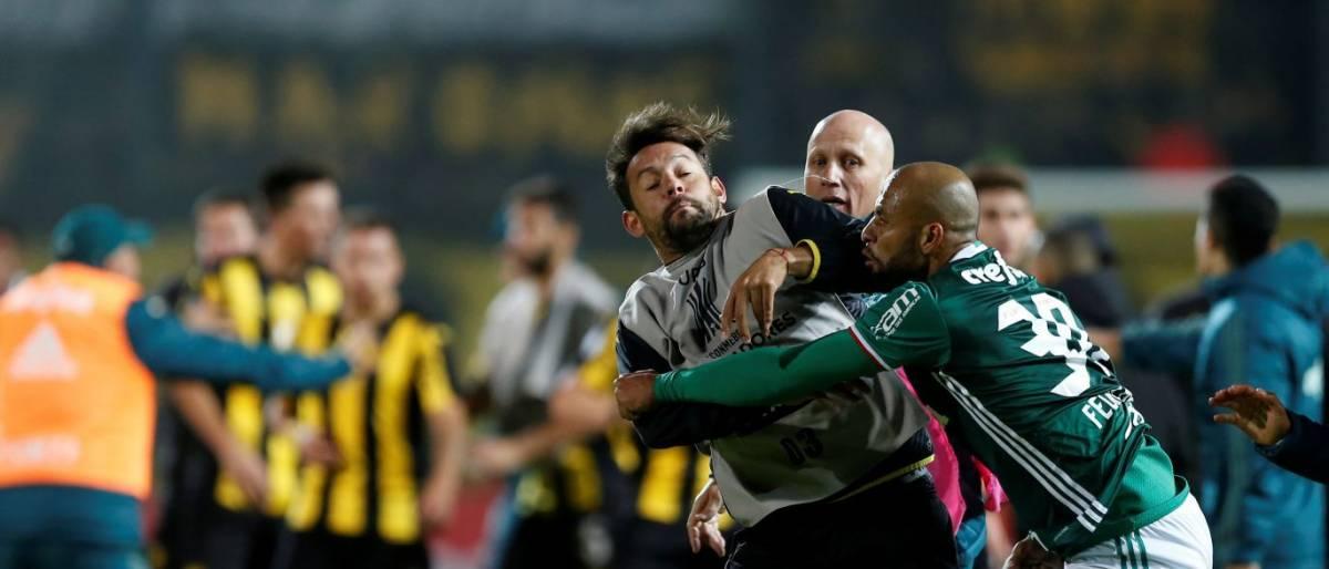 Felipe Melo tem presença na Libertadores ameaçada após confusão