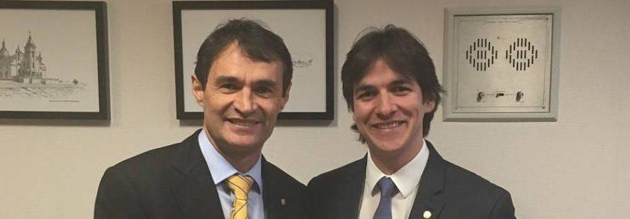 DEZ TORPEDOS GALDINIANOS: Agora, Pedro Cunha Lima, está mandando recados para Romero. Será que é tudo encenação ? – Por Rui Galdino