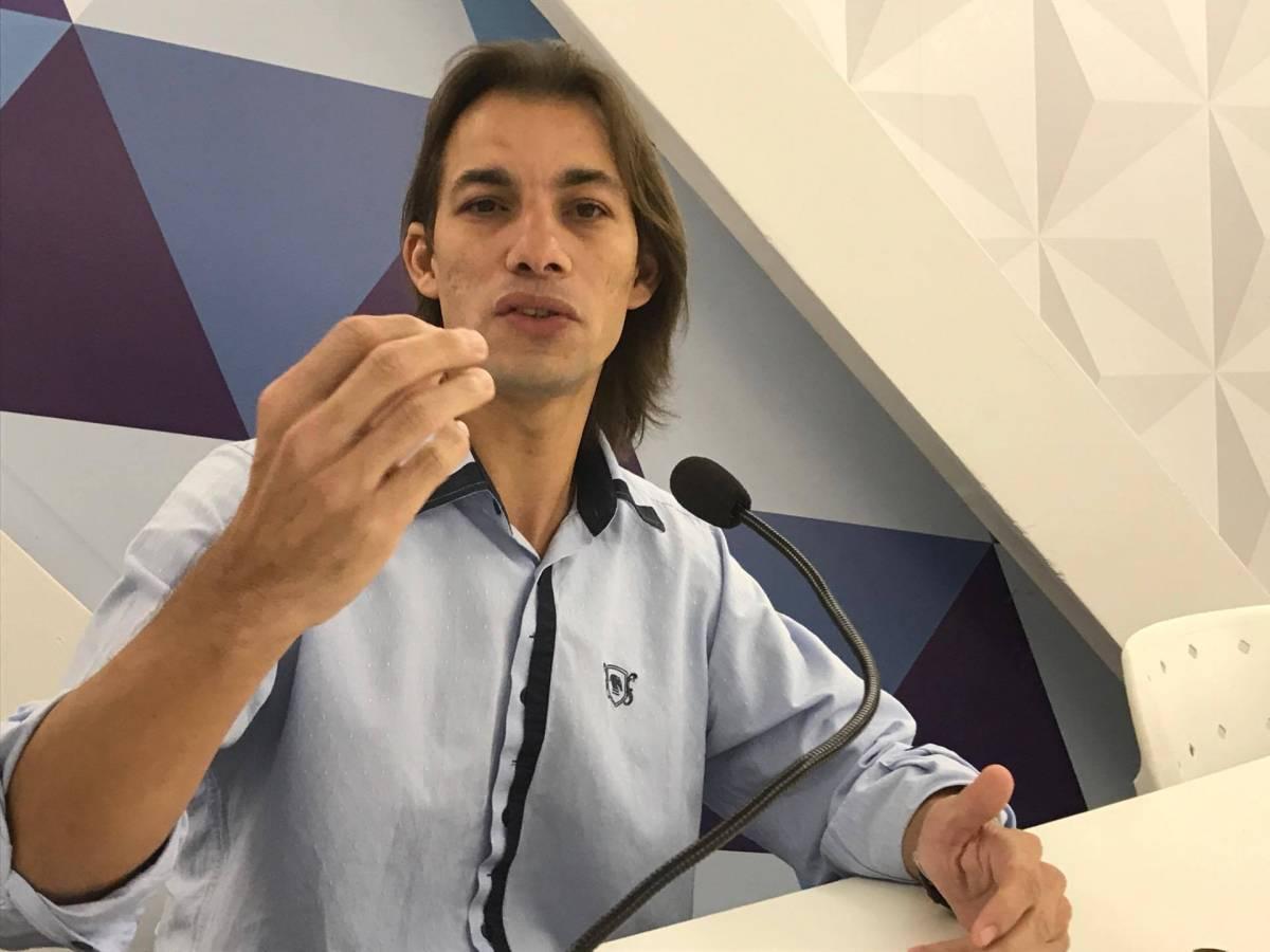 """Professor Rodrigo Sales fala sobre a Operação Gabarito: """"Devem ser punidos exemplarmente"""""""