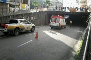 Tentativa de suicídio bloqueia trânsito no viaduto Damásio Franca