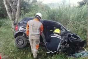 Tragédia no futebol! Zagueiro promissor morre após acidente de carro