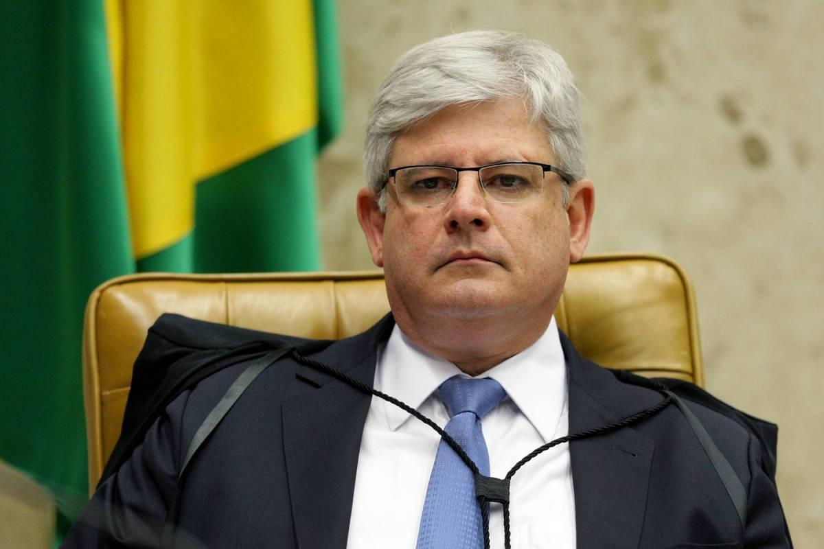 Janot denuncia Sarney, Jucá e Renan Calheiros ao STF