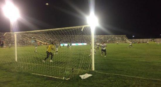 Botafogo-PB vence o Treze no Amigão e fica perto do título Paraibano